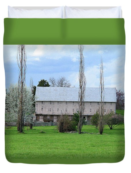 Duvet Cover featuring the photograph White Roof Barn by Emanuel Tanjala