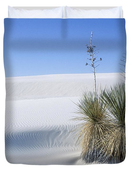 White Sands Dune And Yuccas Duvet Cover by Sandra Bronstein