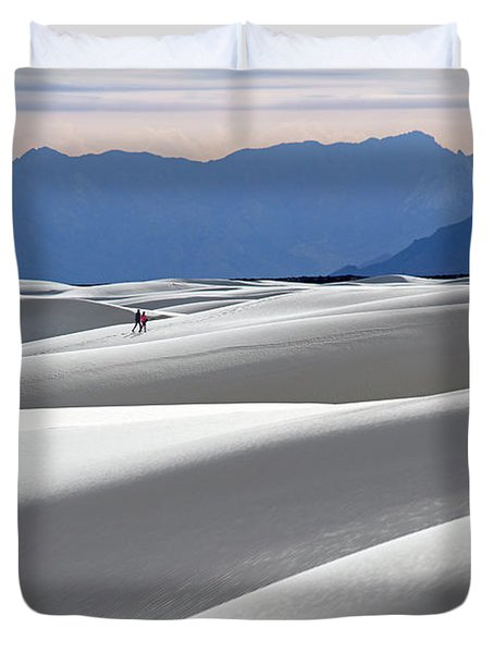 White Sands Hikers Duvet Cover
