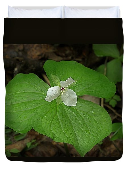 Duvet Cover featuring the photograph White Spring Trillium by Mike Eingle
