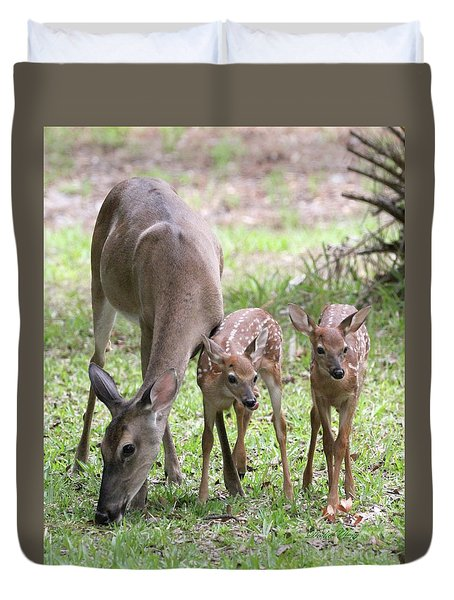 White Tail Family Portrait Duvet Cover