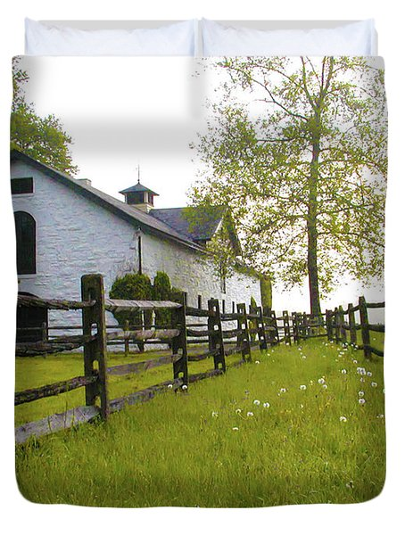 Widener Farms Horse Stable Duvet Cover by Bill Cannon