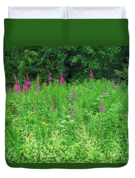 Wild Flowers And Shrubs In Vogelsberg Duvet Cover