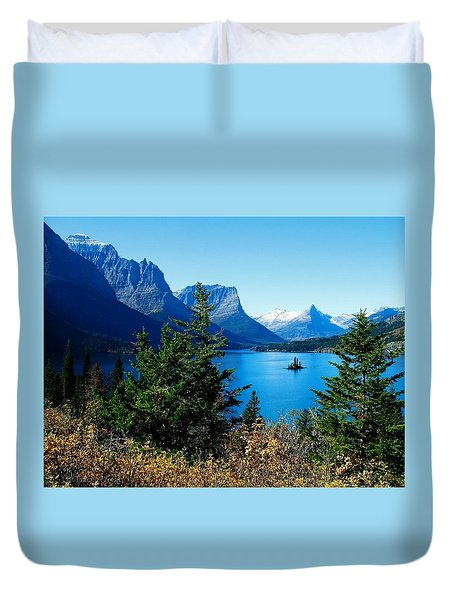 Wild Goose Island In The Fall Duvet Cover