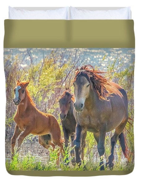 Wild Horses On The Move Duvet Cover