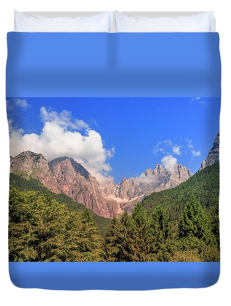 Duvet Cover featuring the photograph Wild Italy by Roy McPeak