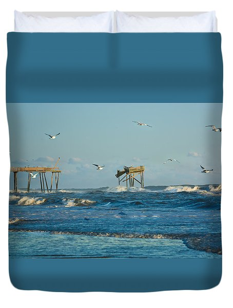 Wild Waves At Nags Head Duvet Cover