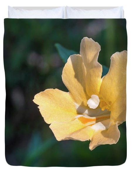 Wilderness Flower 2 Duvet Cover