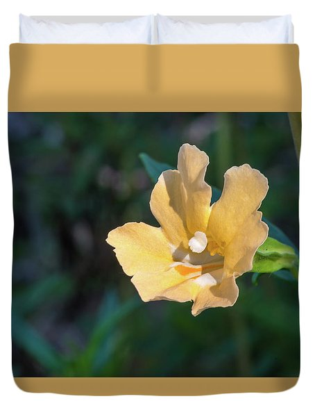 Wilderness Flower 2 Duvet Cover