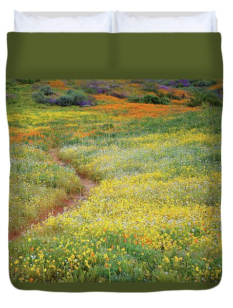 Duvet Cover featuring the photograph Wildflower Field Near Diamond Lake In California by Jetson Nguyen
