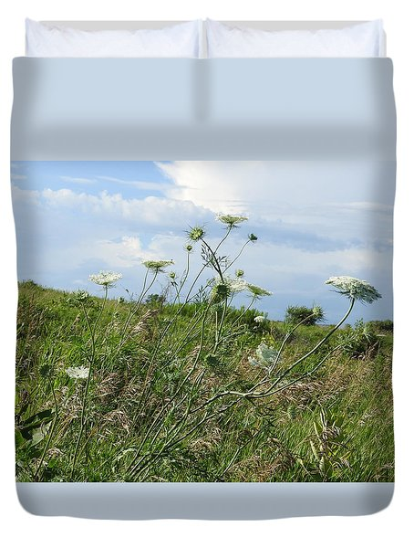 Wildflowers Against The Sky Duvet Cover