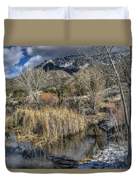 Duvet Cover featuring the photograph Wildlife Water Hole by Alan Toepfer