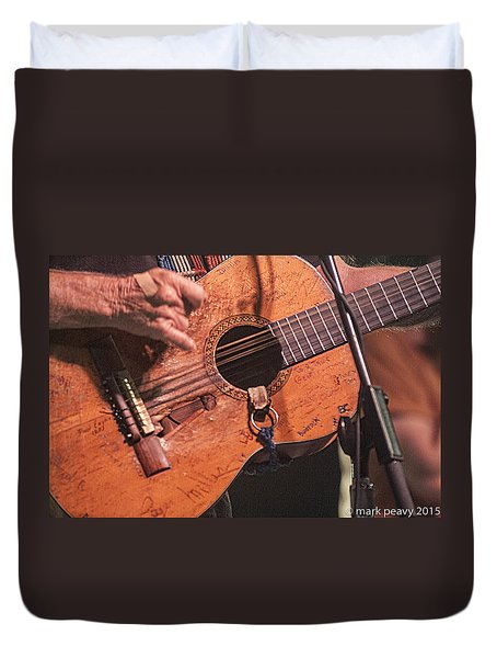 Willie's Guitar Duvet Cover