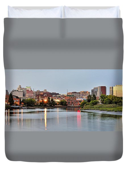 Wilmington Delaware At Dusk Duvet Cover