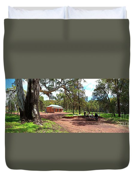 Duvet Cover featuring the photograph Wilpena Pound Homestead by Bill Robinson