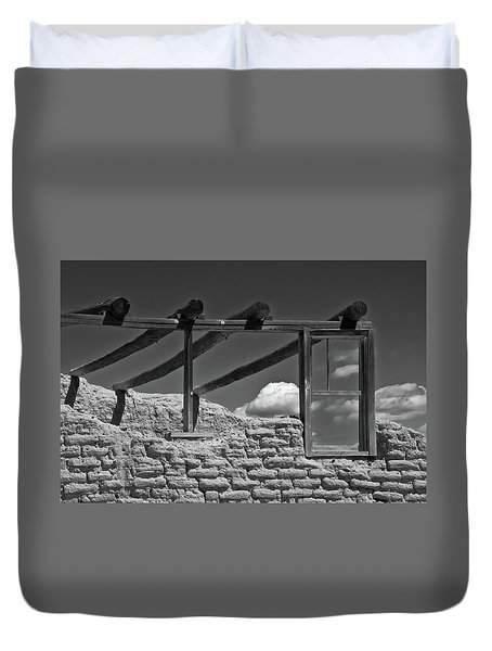 Duvet Cover featuring the photograph Winddow View by Carolyn Dalessandro