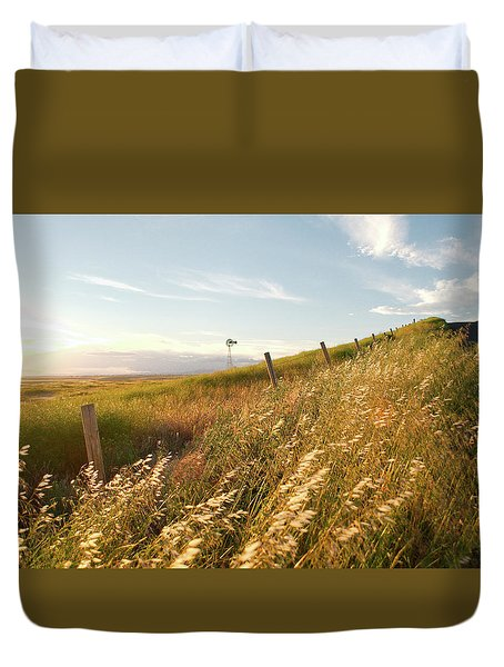 Windmill And The Fence Sundown Duvet Cover