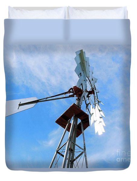 Duvet Cover featuring the photograph Windmill - Mildly Cloudy Day by Ray Shrewsberry