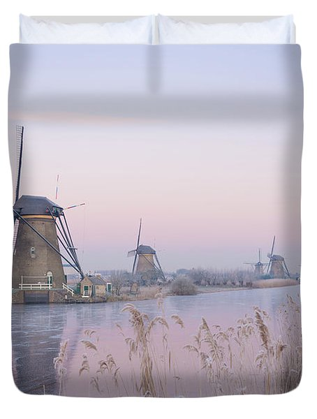 Windmills In The Netherlands In The Soft Sunrise Light In Winter Duvet Cover