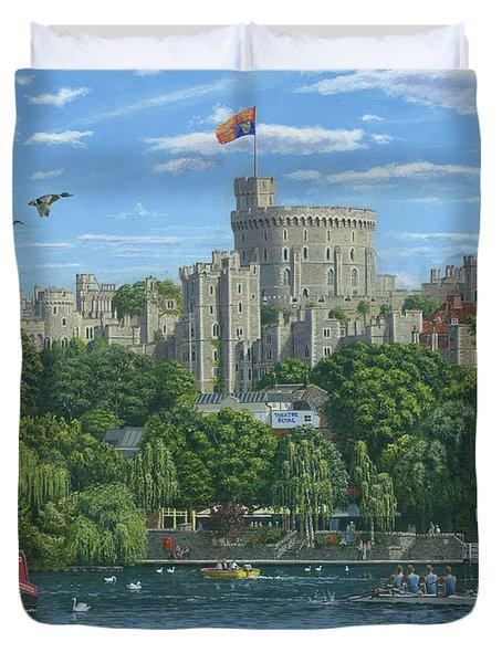 Windsor Castle From The River Thames Duvet Cover