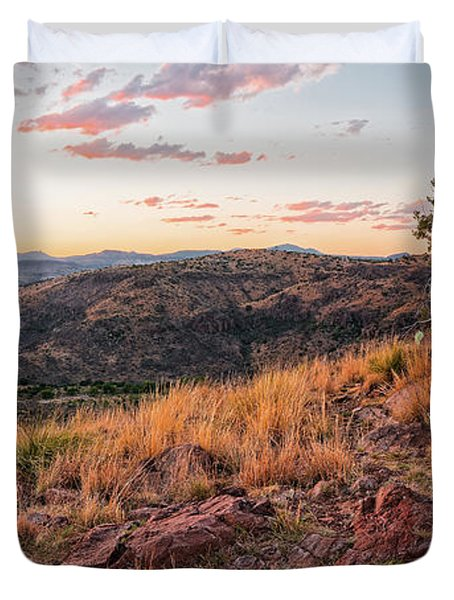 Windswept Lone Oak Overlooking Limpia Creek Valley - Davis Mountains State Park - West Texas Duvet Cover