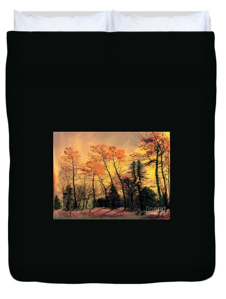 Duvet Cover featuring the photograph Windy  by Elfriede Fulda
