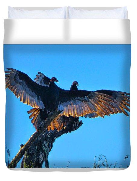Wings Of Gold Duvet Cover by Kimo Fernandez