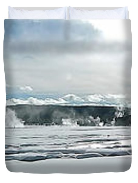 Winter At Grand Prismatic Duvet Cover