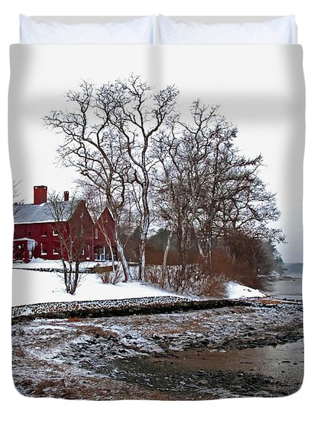 Winter At Perkins House  Duvet Cover