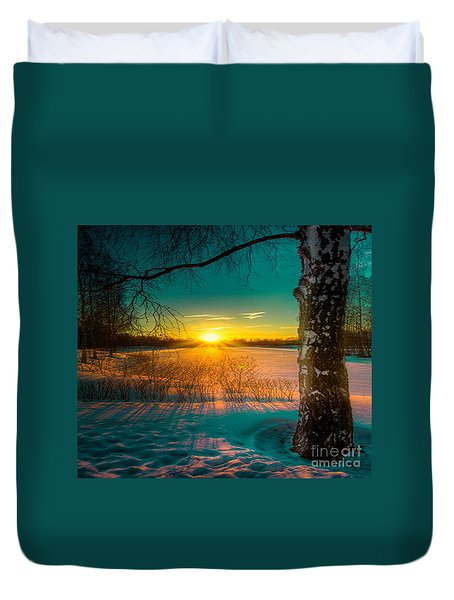 Winter Delight In British Columbia Duvet Cover