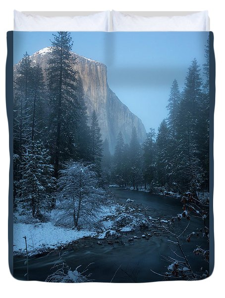 Winter El Cap  Duvet Cover