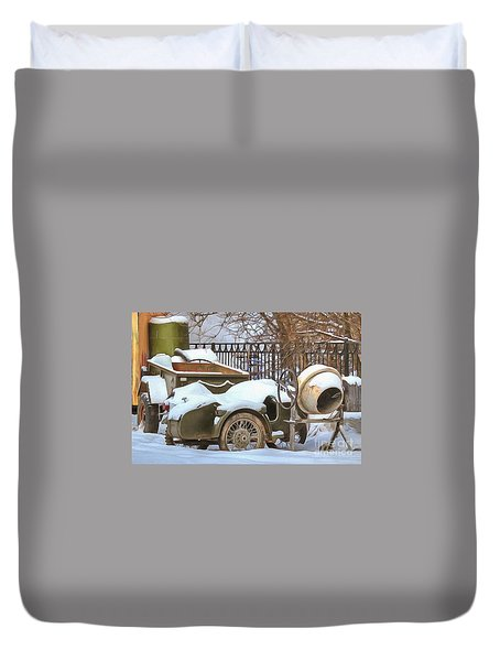winter in the village Russian Duvet Cover