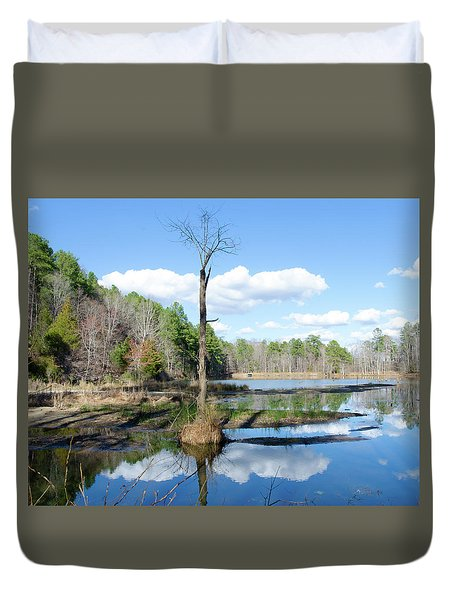 Duvet Cover featuring the photograph Winter Lake View by George Randy Bass
