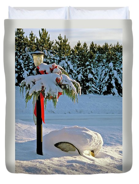 Winter Lamp Post In The Snow With Christmas Bough Duvet Cover