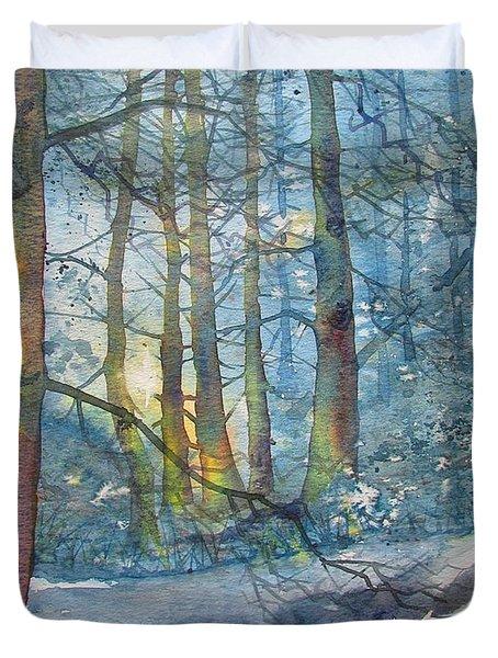 Winter Light In The Forest Duvet Cover