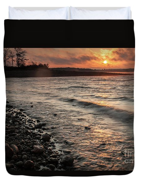 Winter Morning At The Vetran's Lake Duvet Cover by Iris Greenwell