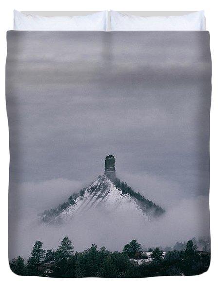 Winter Morning Fog Envelops Chimney Rock Duvet Cover