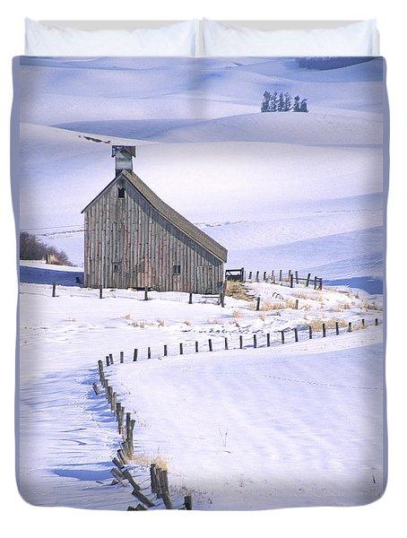 Winter Salt Barn Duvet Cover