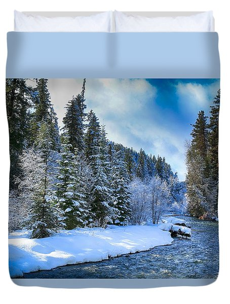 Winter Scene On The River Duvet Cover by Lynn Hopwood