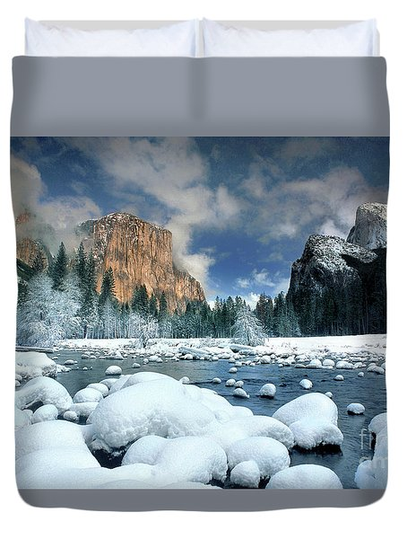 Duvet Cover featuring the photograph Winter Storm In Yosemite National Park by Dave Welling
