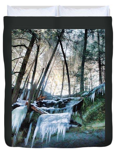 Winter Sunrise In Hocking Hills State Park Duvet Cover