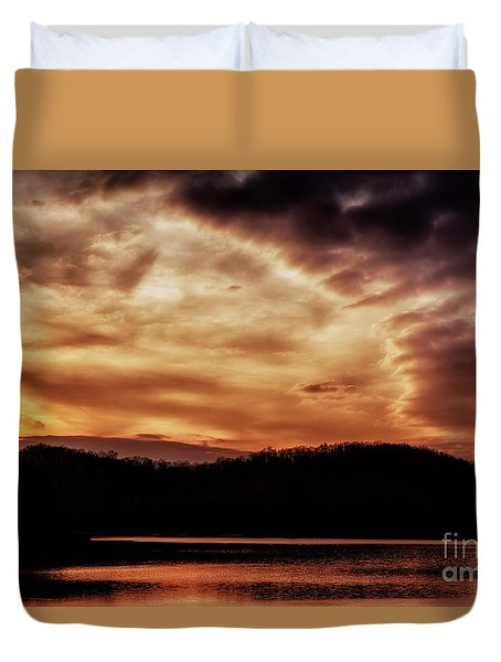 Duvet Cover featuring the photograph Winter Sunset by Thomas R Fletcher