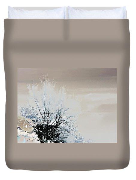 Winter Tree On Mountain Bluff Duvet Cover
