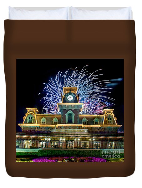 Wishes Over Magic Kingdom Train Station. Duvet Cover
