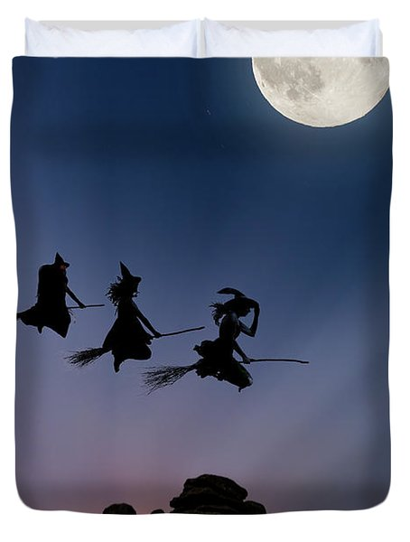 Witches Over Combstone Tor Duvet Cover