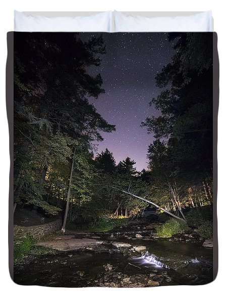Duvet Cover featuring the photograph Wolf Creek Starry Night by Mark Papke