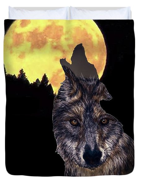 Wolf Howling At The Moon Duvet Cover