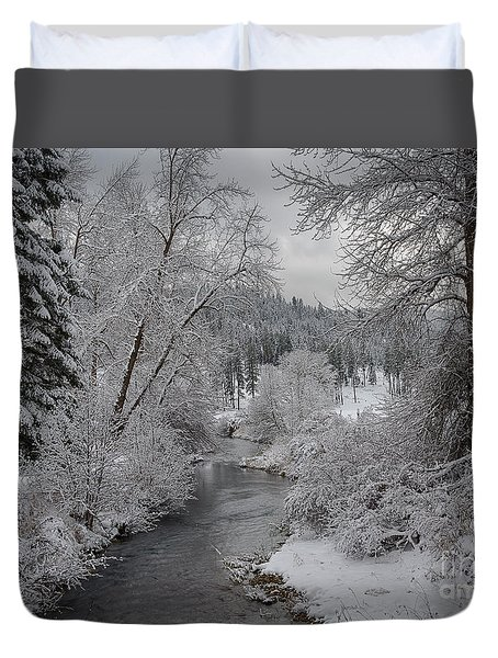Wolf Lodge Creek Winter Duvet Cover