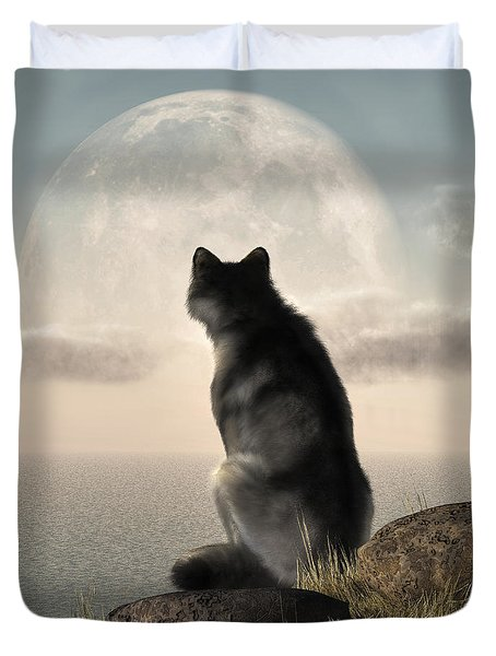 Wolf Watching The Moonrise Duvet Cover