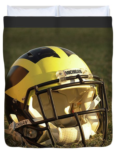 Wolverine Helmet In Morning Sunlight Duvet Cover